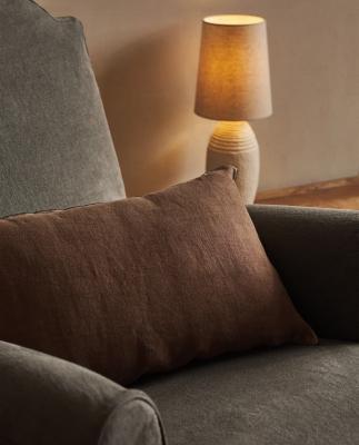 Cuscini in lino - Foto by Zara Home
