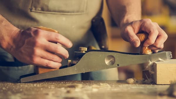 The artisans for bespoke furniture must be evaluated not only for the price