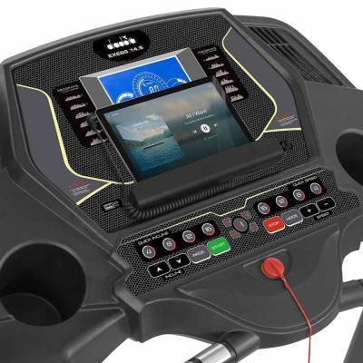 Tapis roulant elettronico Exess 1405 Diadora display