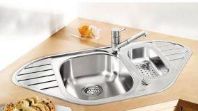 Lavello angolare per sfruttare ogni spazio disponibile in cucina