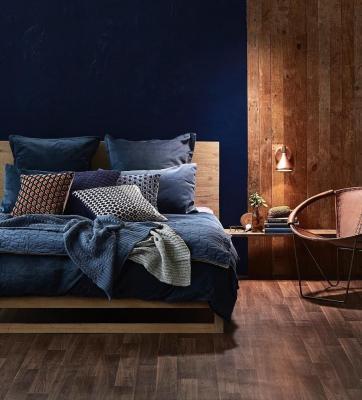 Blu navy in camera da letto, da nextluxury.com