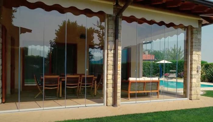 Vetrate panoramiche, Belle Vetrate Scorrevoli, chiusura-portico con vetrata scorrevole