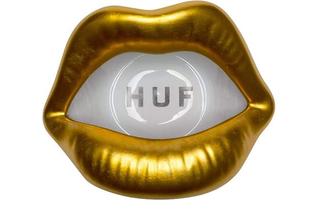 Gold Lips ashtray by Huf