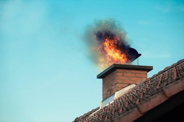Flue fire due to lack of periodic maintenance