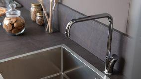 Guida a come scegliere un rubinetto per cucina
