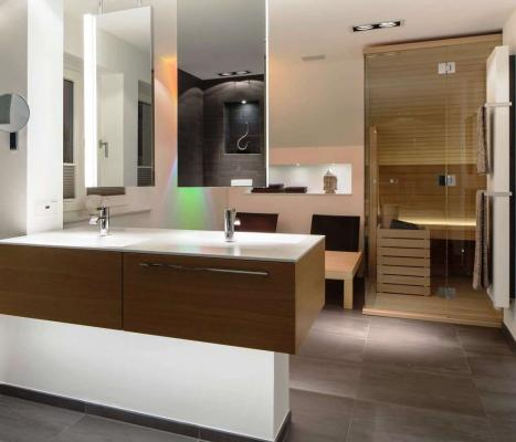 Bagno con sauna e doccia - Effegibi