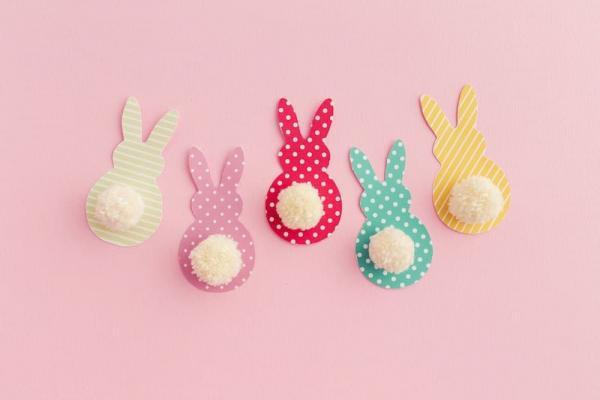 Lavoretti bambini ghirlanda coniglietti da diycandy.com