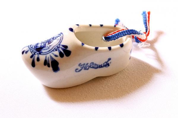 La classica porcellana blu olandese ha origine dalle esportazioni dalla Cina di secoli fa