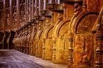 L'arte di intagliare il legno. Decorazione di una chiesa