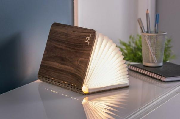 Lampada smart Book Light - Foto: eBay