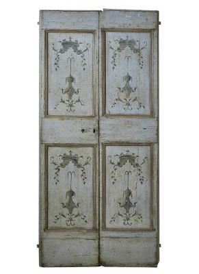Porta settecentesca con decorazioni a grottesca, by Porte del Passato