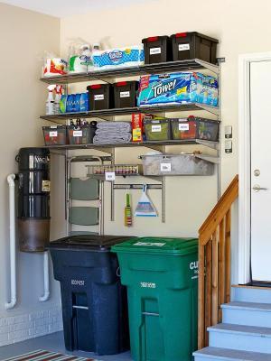 Area rifiuti in garage, da mymommystyle.com