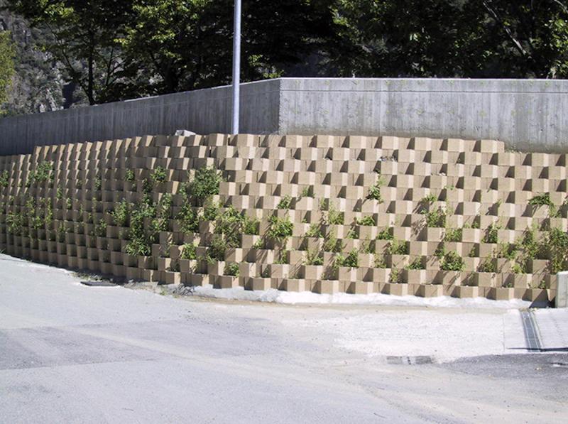 Realizzazione di muretti di contenimento con il nuovo tessuto cementizio by Harpogroup
