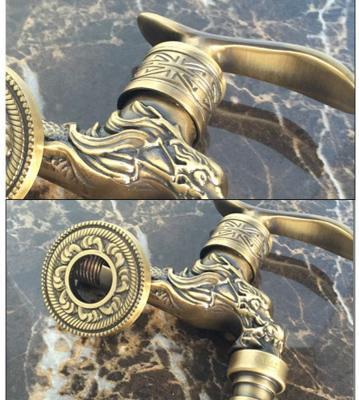 Dettaglio rubinetto a forma di drago