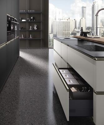 Dettaglio cassetti della cucina Mistral by Concreta