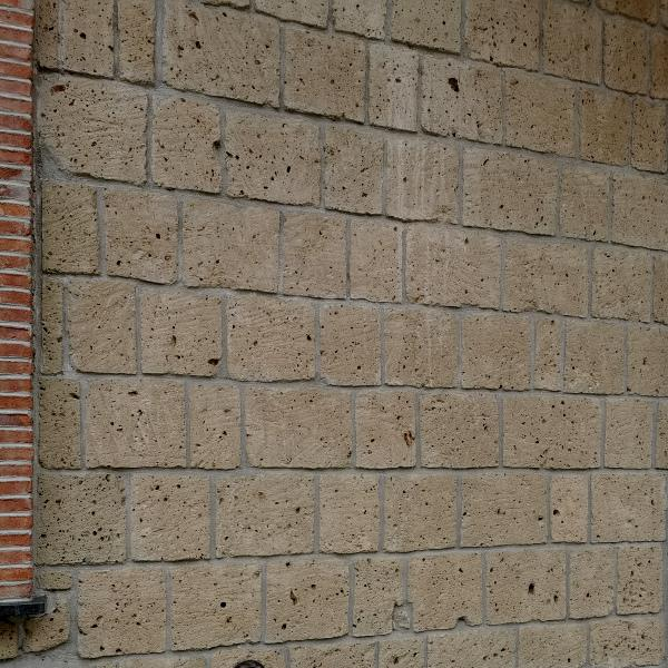 Clean tuff wall with state of the art styling