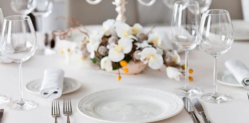 Esempio di tavola apparecchiata elegante dal blog di Aldi