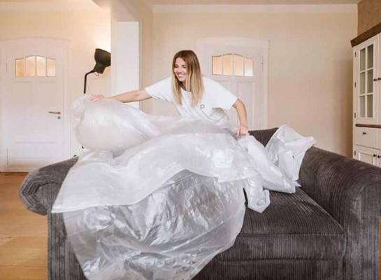 Teli in plastica per proteggere il mobilio
