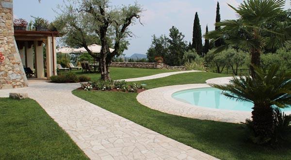 Travertine mosaic - Appia Antica Srl