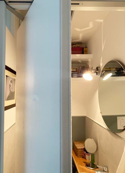 Roto-puerta corredera que ahorra espacio - Proyecto Caterina Scamardella Architect