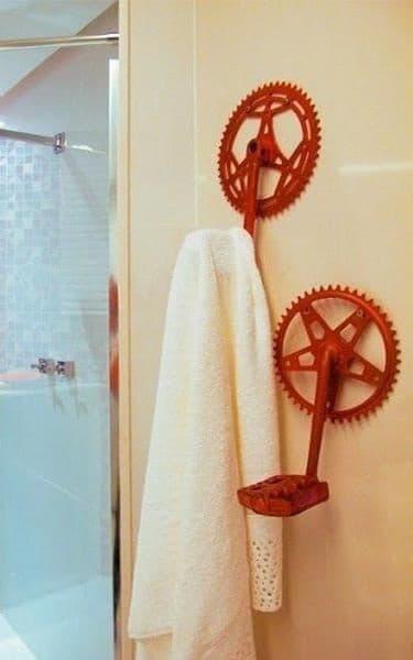 Ganchos con pedales de bicicleta, de lushome.com