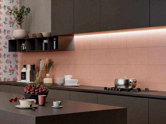 Cucina con piastrelle rosa by Iperceramica