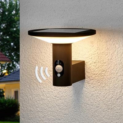Luci esterne solari con sensori di movimento, lampade.it, modello Jersy