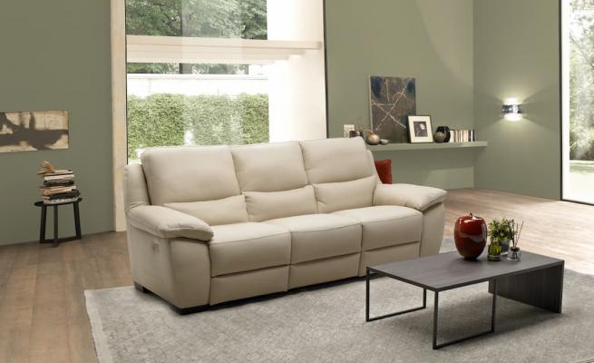 Divani e divani by Natuzzi, modelli divano relax, linea Strillo