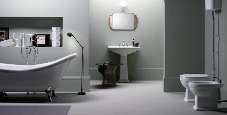 Bagno moderno con sanitari retrò di Gsi Ceramica