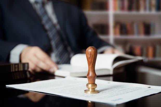 Judicial challenge of condominium administrator measures