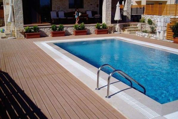 Bordo piscina legno composito - NGWOOD
