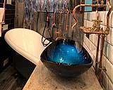 Bagno vintage in stile steampunk