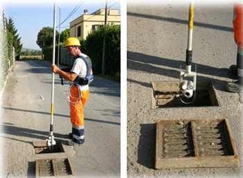 Riparazioni e sostituzione di fognature senza scavi: l'ispezione di un pozzetto con telecamera