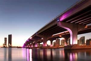 Opere di Ingegneria direttamente a mare: ponte carrabile