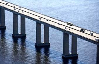 Opere di Ingegneria direttamente a mare: viadotto