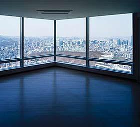 Un intervento migliorativo delle facciate continue in vetro: vetrate moderne a bassa emissività