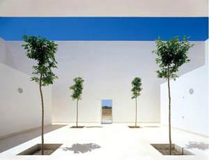 Casa Guerrero: vista del portoncino d'ingresso (  immagine tratta dal sito www.campobaeza.com )