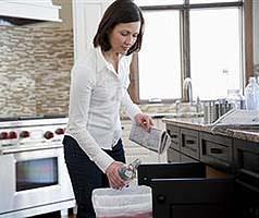 Un lavello innovativo : lo smaltimento tradizionale in cucina