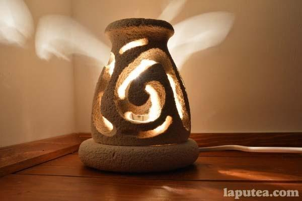 Lampada in pietra leccese di Laputea
