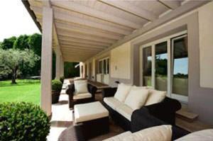 Faliselli: villa sul lago d'Iseo
