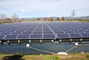 Impianto fotovoltaico galleggiante: Floatovoltaics dell'azienda Far Niente