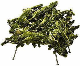 Arredi eclettici: Banquete chair with alligators di Moss