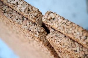 Materiali isolanti: Edilsughero Particolare incastro pannelli in sughero