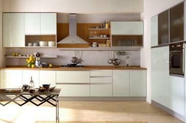 Progetto Cucina: esempio di cucina a Elle