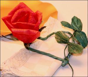 fiori in filo di carta