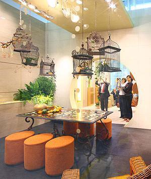 Espanade aux cages fléuries, Novoceramal Cersaie 2008