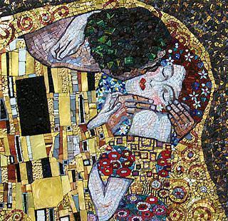 Riproduzione dello studio arte-mosaico del bacio di Klimt