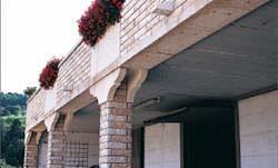 Rivestimento muro e colonne Dalle Pezze Luciano