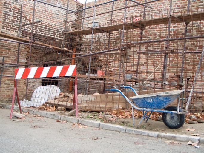interventi di restauro su vecchie murature