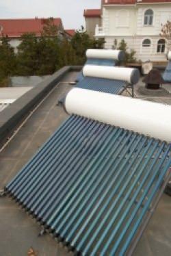 Pannello solare circolazione naturale for Pannelli solari termici